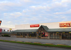 Iroquois Manor Shopping Center: